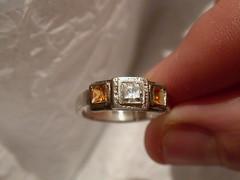 The model for Suw's ring