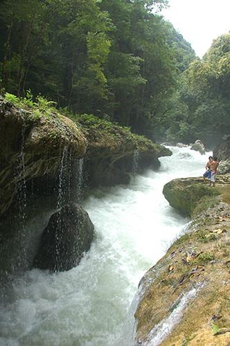 Semuc Champey - 12 Cahabon river in Semuc