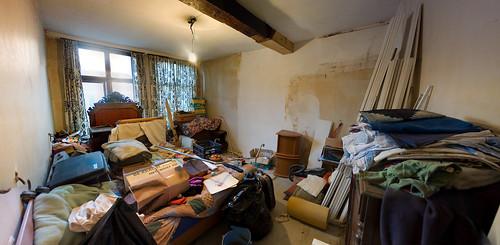 Onze kamer na de verbouwingen terwijl we aan het verhuizen zijn (ii)