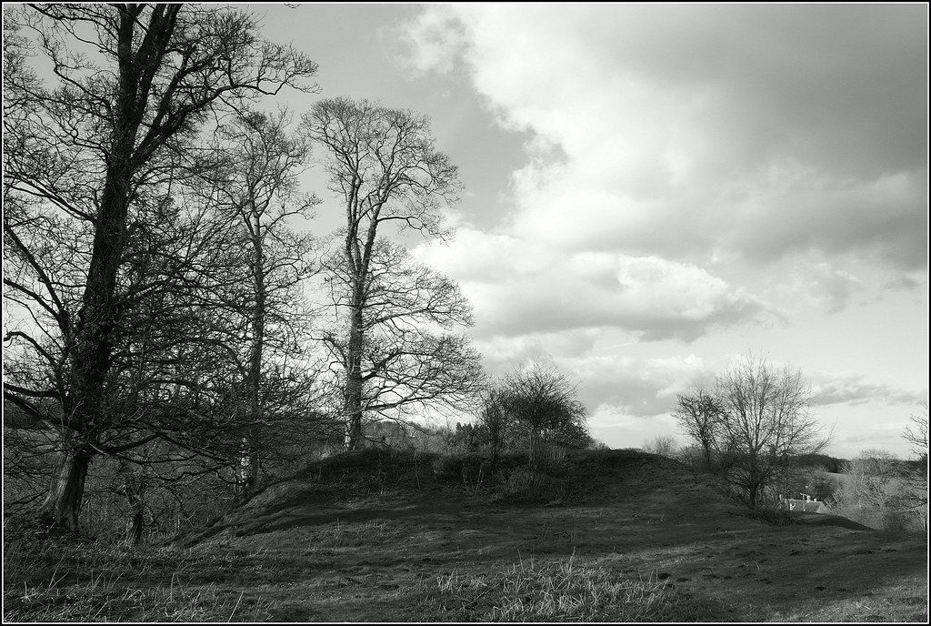 Swerford motte and bailey castle