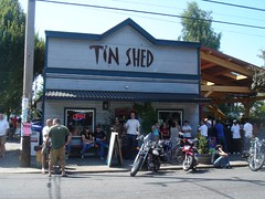 Tin Shed = yummy