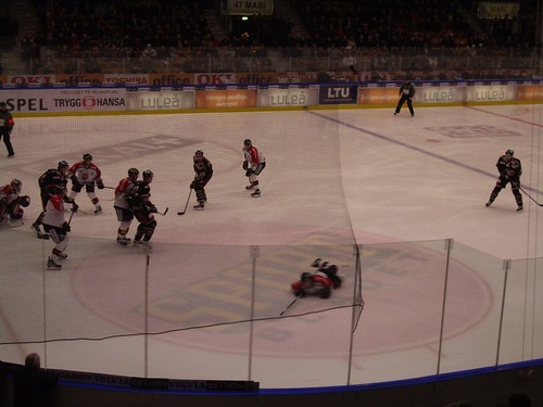 Un momento del partido Luleå Hockey vs MODO