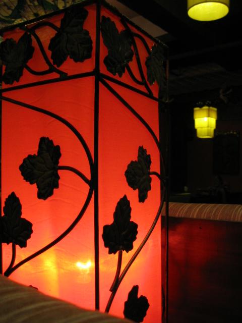 Lamp at Khrua Thai