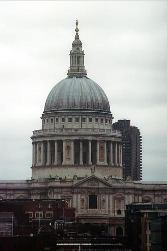 Sigma 60-200 zoom @ 200 mm | Minolta XD7 | London