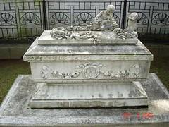 baby tomb