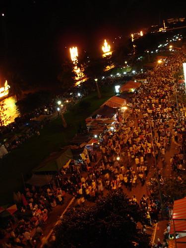 water festival in phnom pehn