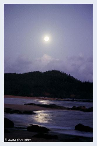 Moonrise on Om