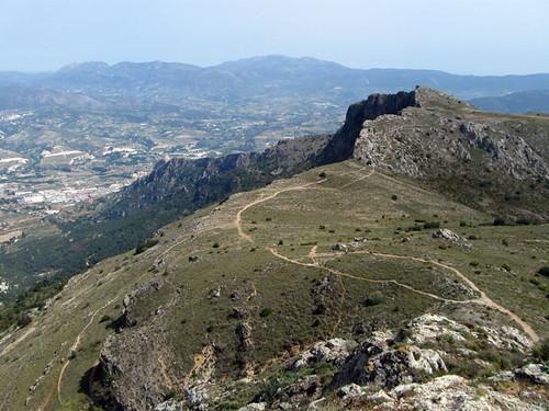 Subida al Montcabrer, Serra Mariola