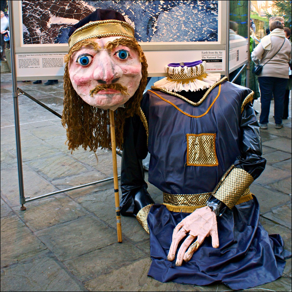 Morris puppet