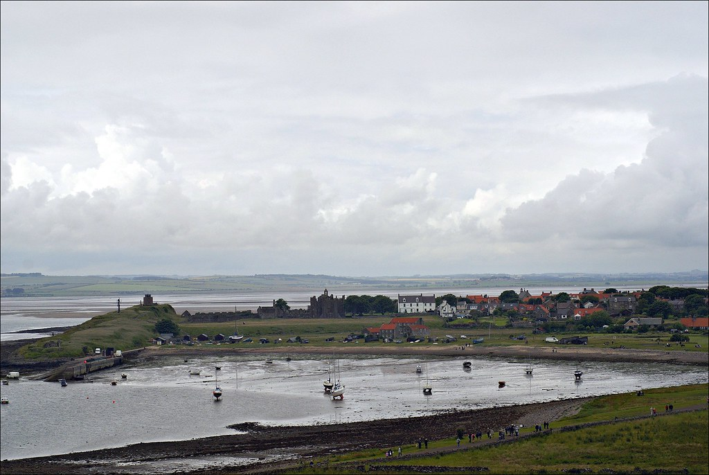 Holy Island   1/320 s   f/11   ISO 100   50 mm prime