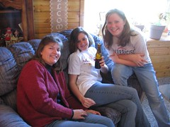 Sue, Molly (drunk), Brenna