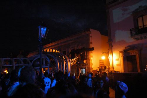 Zacatecas 7 - generik vapeur - 08 - Whale in Avenida Hidalgo