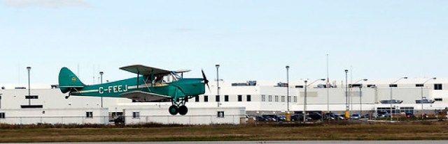 avilland DH87B Hornet Moth (C-FEEJ)