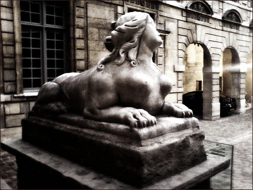 Paris sphinx