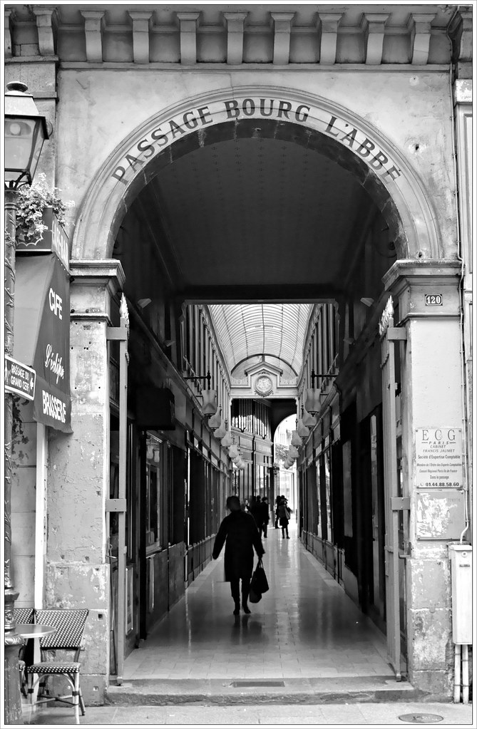 Passage Bourg l'Abbé, Paris