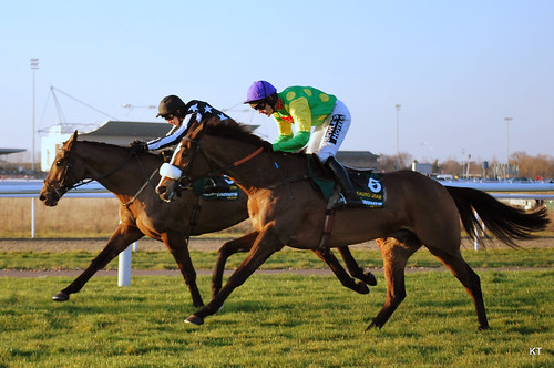 Kauto Star tracks Imperial Commander on his way to victory