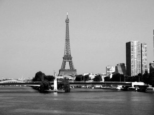 Liberte_Eiffel_NB
