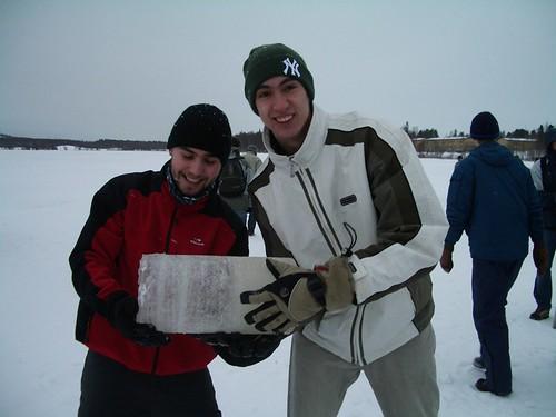 Orgullosos enseñando nuestra ice sample