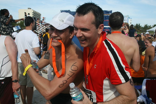 My hubby and our friend Juliano posing for the photographers at the finish line