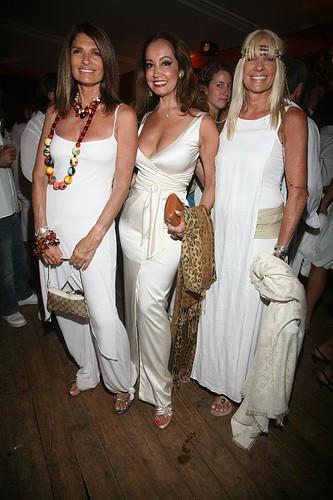 Teresa Calandra, Monica Parisier y  Evelyn Schield - Fiesta de Blanco Chandon Punta del Este