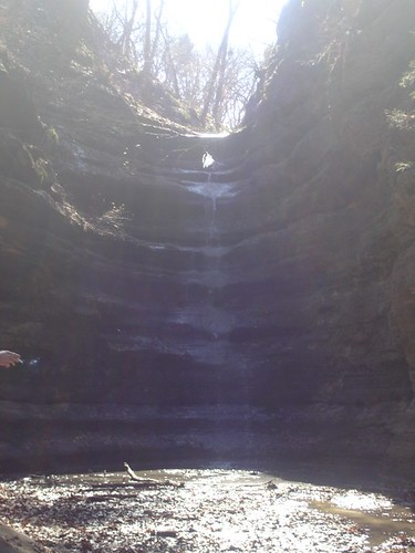 An amazing waterfall at the head of French Canyon at Starved Rock State Park.