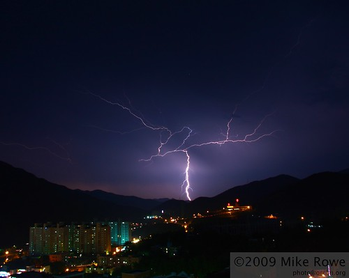 Lightning over Taebaek