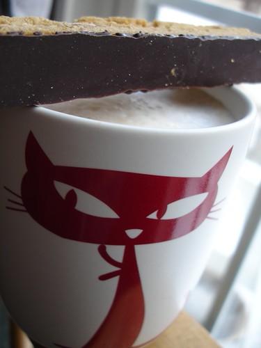 latte & biscotti