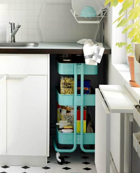 cherry kitchen cart sets for little girls 來自瑞典的平價時尚ikea多功能小推車活用術 ettoday消費 ettoday新聞雲 推車在廚房當然也扮演媽媽的好幫手 簡潔的設計看起來就跟廚房融為一體了