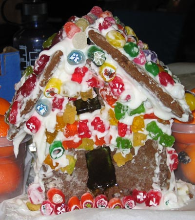 gingerbreadhouse19