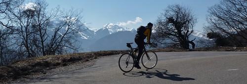 climbing Col de l'Epine