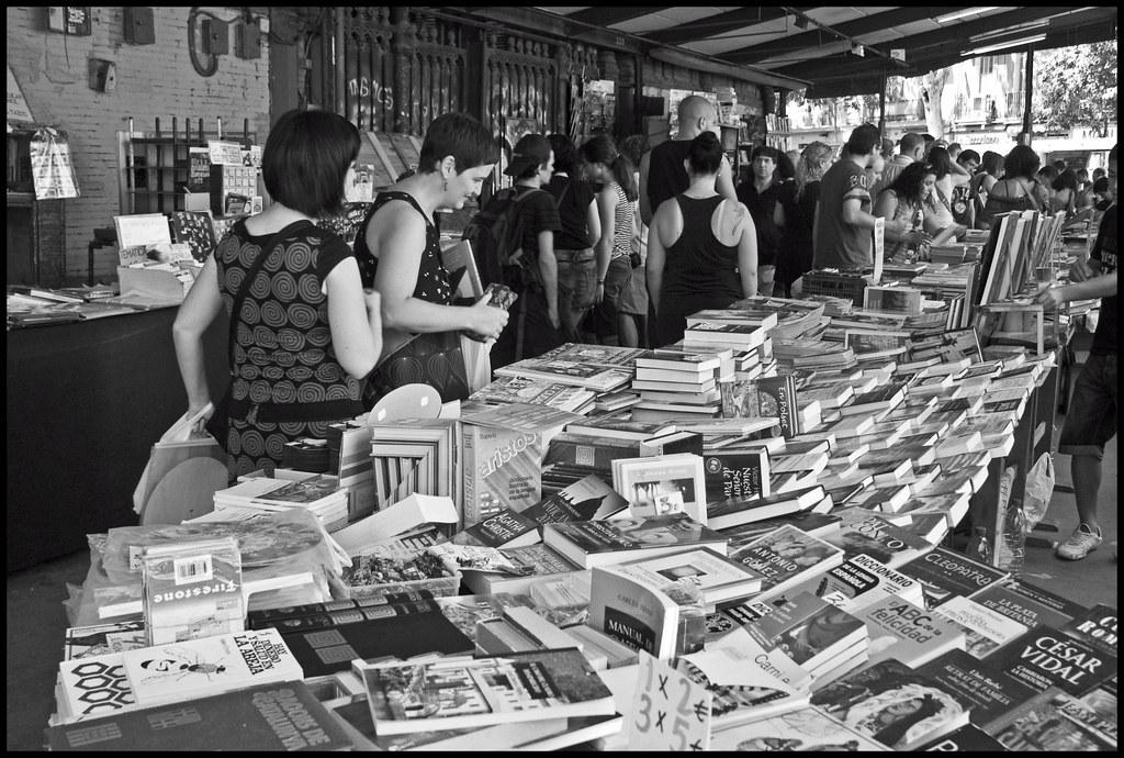 Mercat de Sant Antoni book market