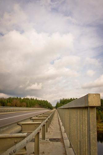 Tiltas per Nerį   The bridge over the Neris River
