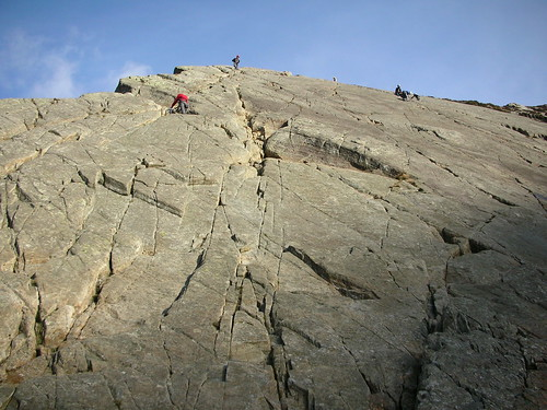 Flickr - Mal Fraser free-soloing Tryfan Fach