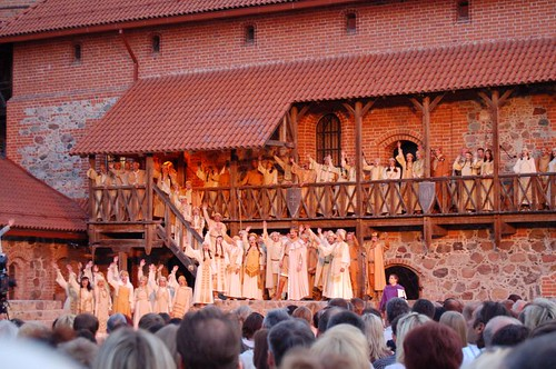 Pilnėnai opera: actors on stage 2