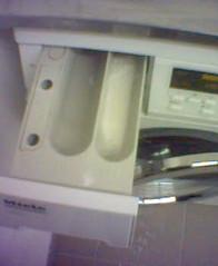 pesukoneen lokerot