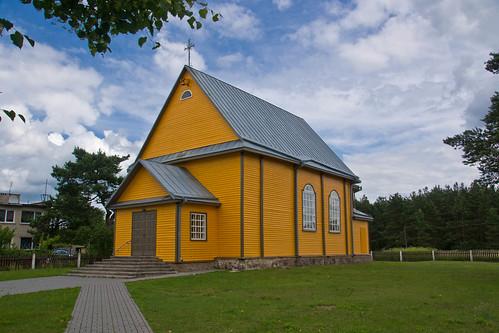 Bezdonių bažnyčia