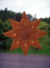 8 Pointed Twist Star