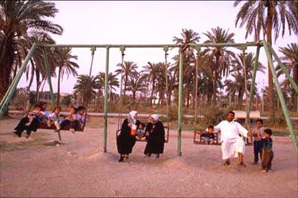 Basra family Irak 2003