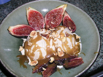 Fresh Fig Sundae