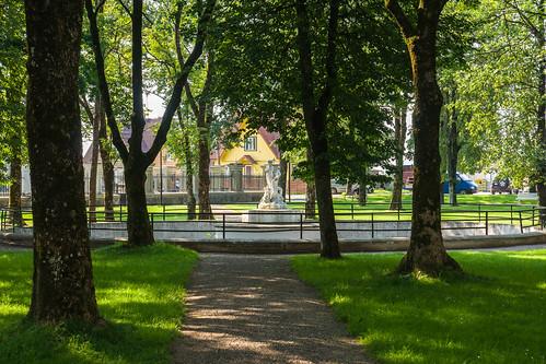 Miestelio parkas