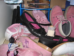 Lilaclan: Jimmy and Grandad go exploring in the land of Pink Shoes