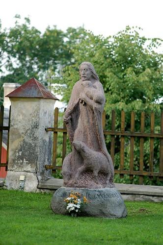 Statue next to Trakai church