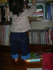Hazel in jeans