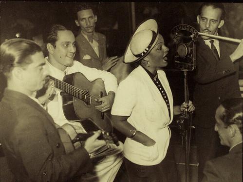 Linda Batista. Estréia na Rádio Nacional em 1937. Arquivo Brício de Abreu.