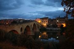 Amanecer sobre el puente