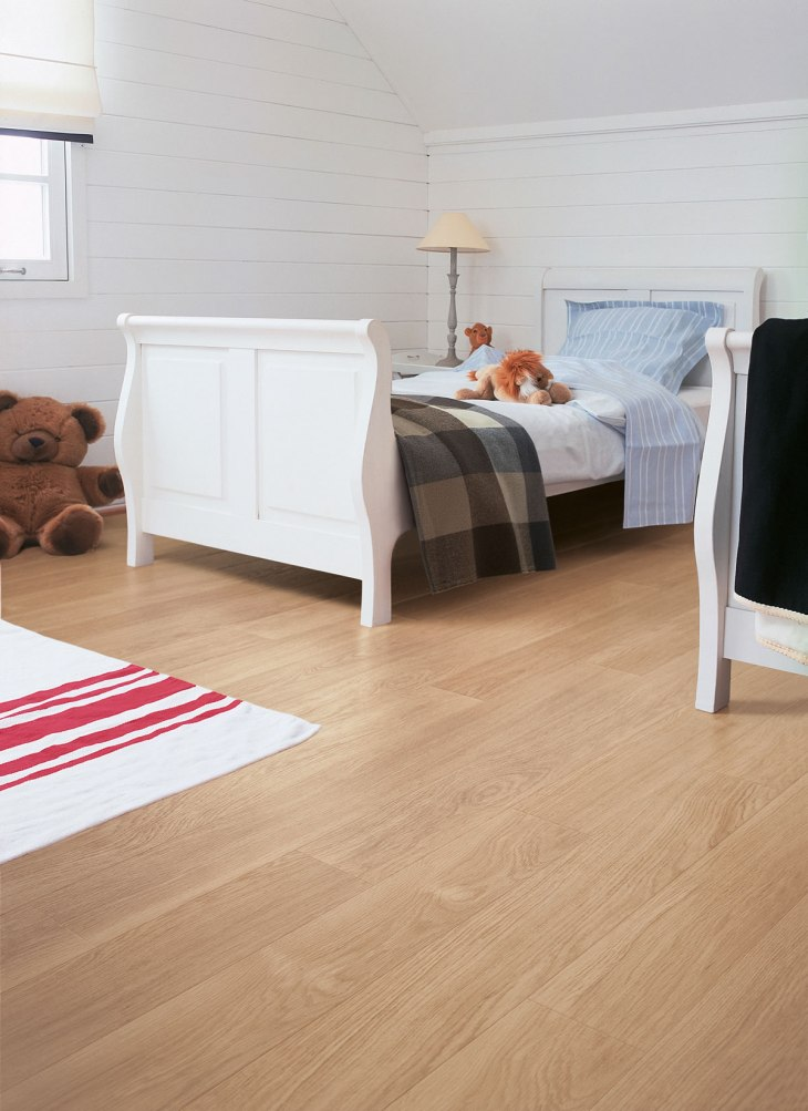 Quickstep Perspective White Varnished Oak. Review stars