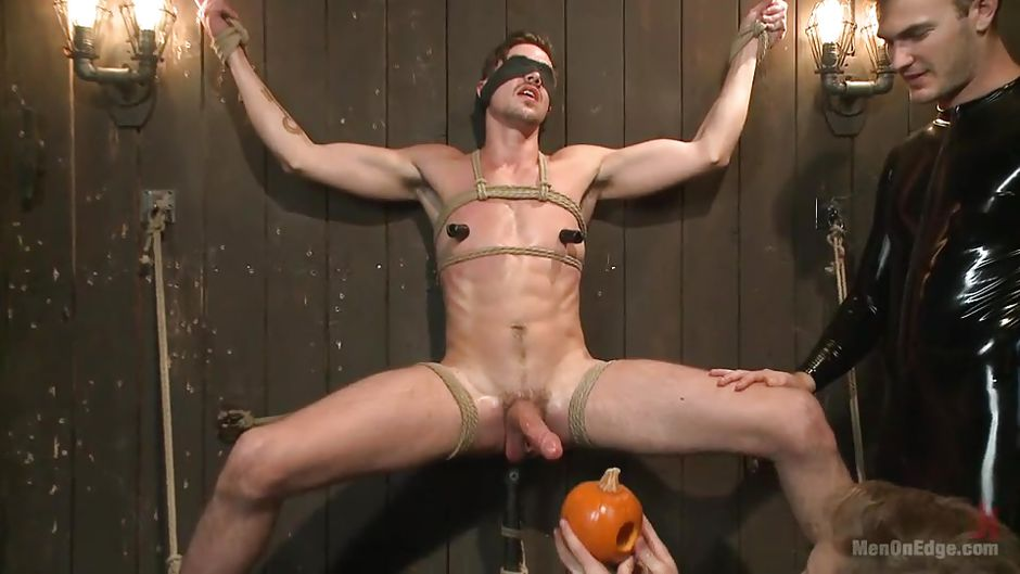 Jack Hunter in Gay Slave Bound Humiliated And Wanked