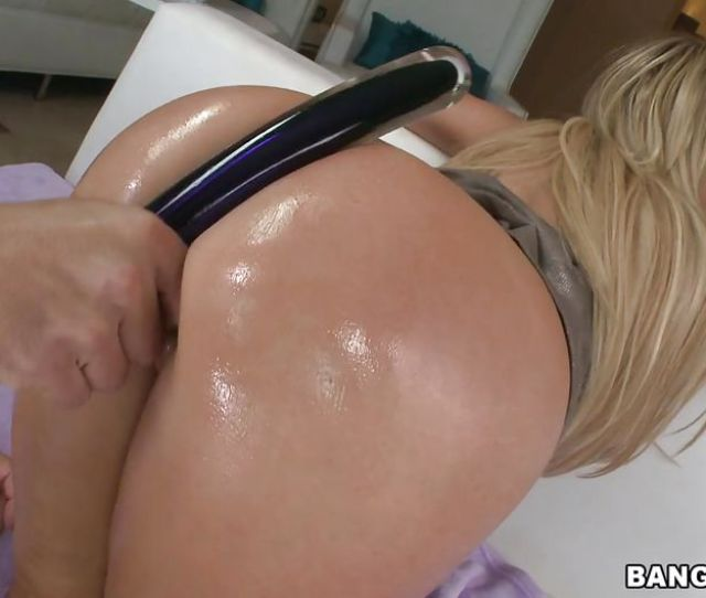 Nikki Benz In Milf With Big Oiled Butt Wants Anal Hd From Bangbros Mr Anal