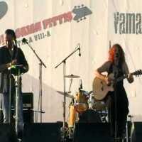 Claudia Ciobanu & Razvan Krivach - Joc de fluturi