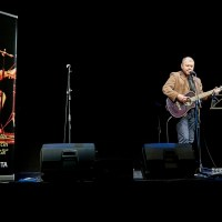 Concerte-maraton și fanfare de chitare